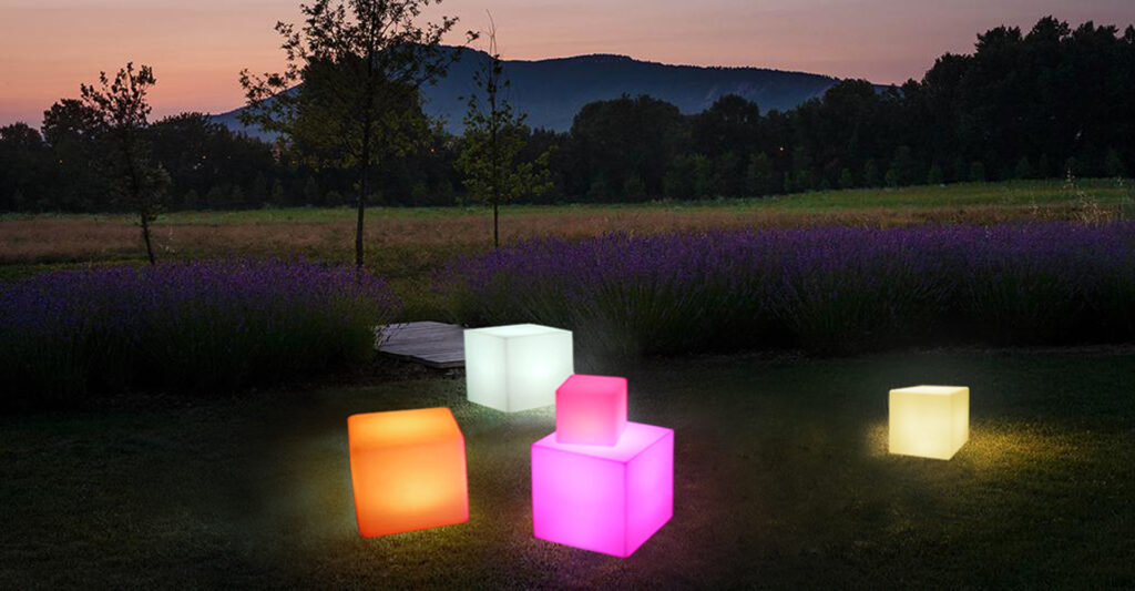 outdoor cube seats that light up